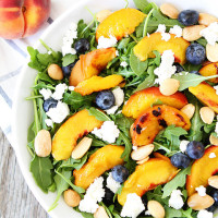 Grilled-Peach,-Blueberry,-and-Goat-Cheese-Arugula-Salad-3
