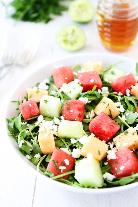 Melon Arugula Salad with Honey Lime Dressing-this refreshing summer ...