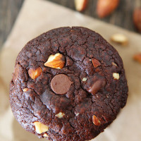 Vegan-Chocolate-Almond-Cookies-5