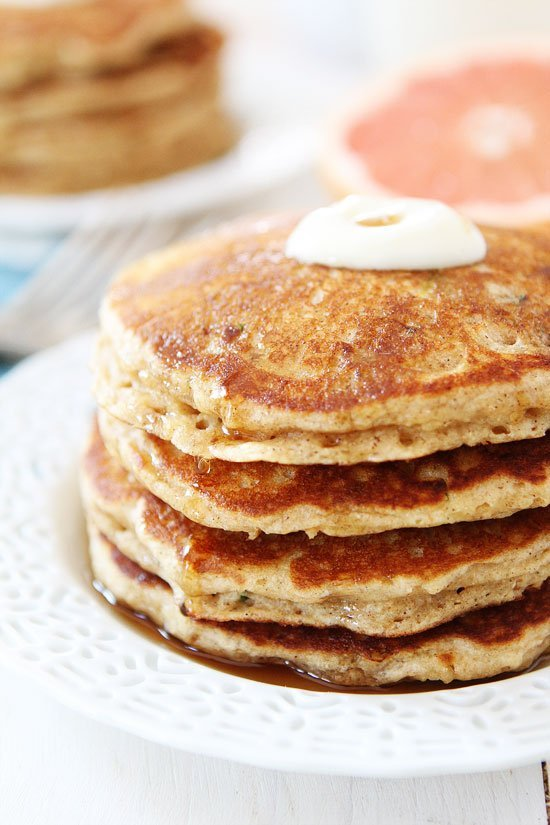 Wheat Zucchini Pancakes-these healthy pancakes remind me of zucchini ...