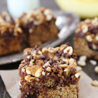 Banana-Hazelnut-Cake-with-Chocolate-Chip-Hazelnut-Streusel-1