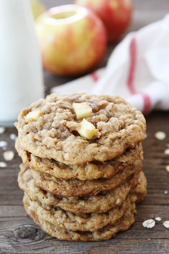 Peanut Butter Apple Oatmeal Cookie Recipe-soft and chewy peanut butter ...