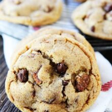 Candied-Pecan-Chocolate-Chip-Cookies-3