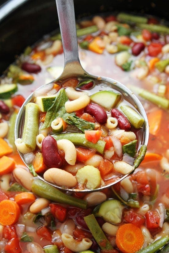 Feb 15,  · Easy crock pot vegetable beef soup recipe that's healthy and full of flavor. Just throw everything in your slow cooker and it's done in as quick as 2 hours. There's a vegetarian version too. I'm all about my slow cooker! Here is an easy crock pot vegetable beef soup recipe that is easy to Reviews: 5.