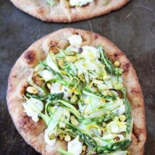 Asparagus,-Goat-Cheese,-and-Pistachio-Flatbread-1