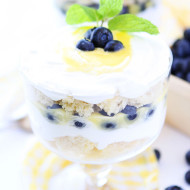 Lemon-Blueberry-Trifle-4