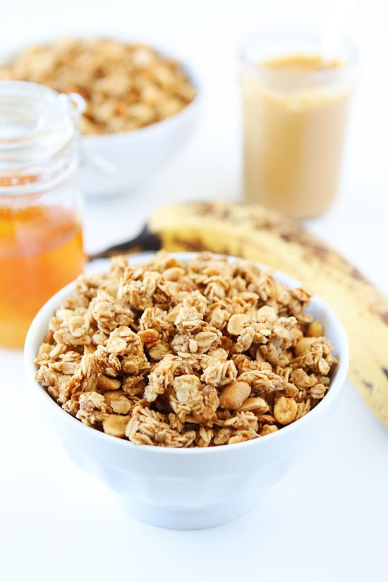 Peanut Butter, Banana, and Honey Granola-this easy homemade granola is ...