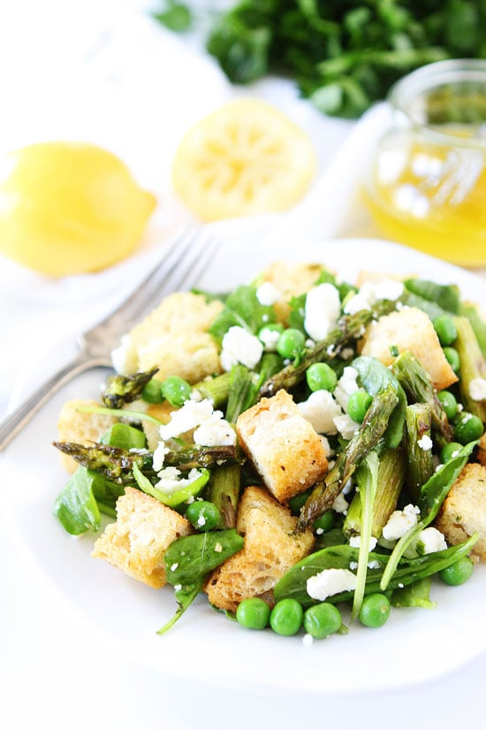 Spring Panzanella Salad-this panzanella salad is bursting with spring ...