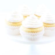 Vanilla-Almond-Cupcakes-2