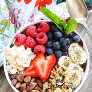 Berry-Banana-Smoothie-Bowl-1