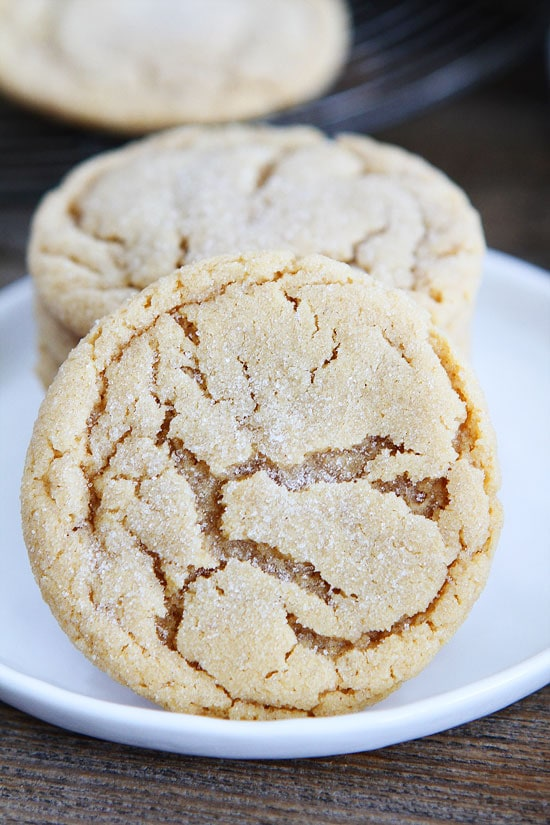 Chewy peanut butter cookies recipe