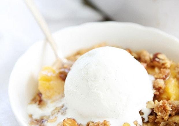 Peach-Almond-Crisp-6