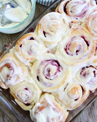 Raspberry-Sweet-Rolls-7