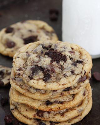 Chocolate-Chip-Brownie-Cookies-8