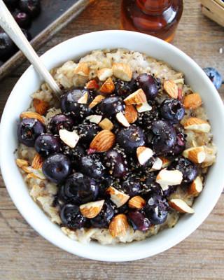 Maple-Roasted-Blueberry-Almond-Oatmeal-5