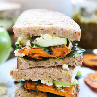 Sweet-Potato,-Apple,-Kale,-and-Pesto-Sandwich-6