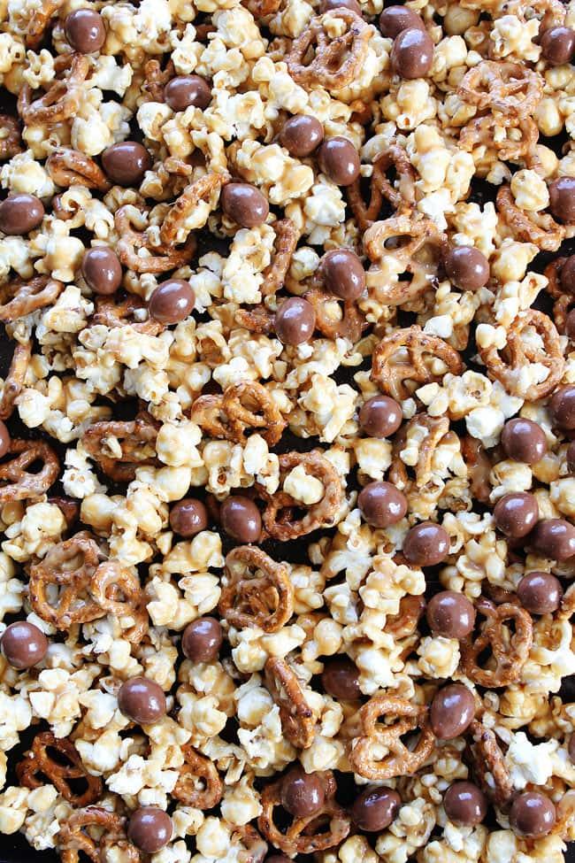Peanut Butter Pretzel Popcorn Recipe