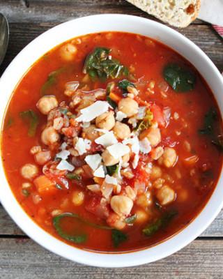 Chickpea-Farro-Soup-10