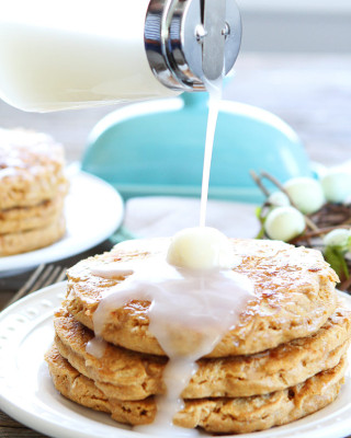 Toasted-Coconut-Pancakes-4