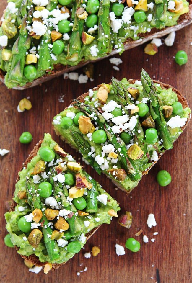 Avocado Asparagus Toast Recipe