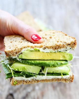 Cucumber-and-Avocado-Sandwich-7