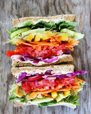 Rainbow-Vegetable-Sandwich-12
