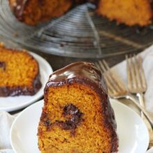 pumpkin-truffle-bundt-cake-with-chocolate-ganache-17