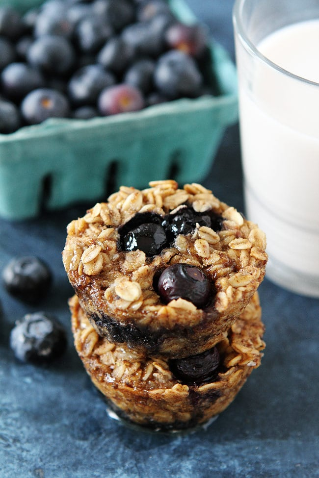 Banana Blueberry Baked Oatmeal Cups Recipe