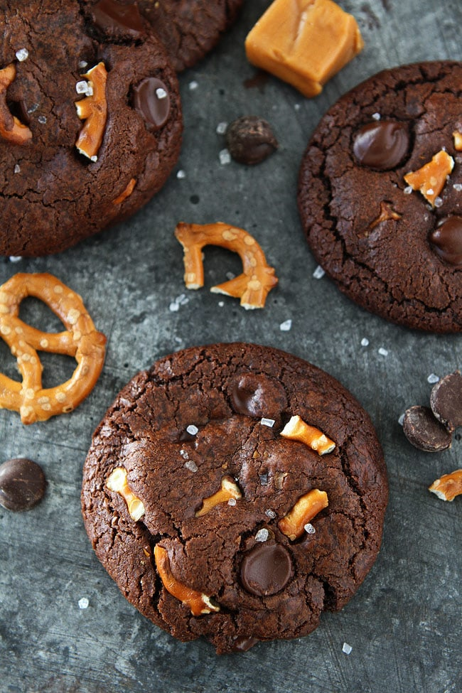 Chocolate Salted Caramel Pretzel Cookies furthermore 36 Dessert Recipes Using Candy Bars Ooey Gooey Deliciousness further 3120 Serendipity 3 New York moreover Red Velvet furthermore Corned Beef Cuban Grilled Cheese. on ooey gooey caramel