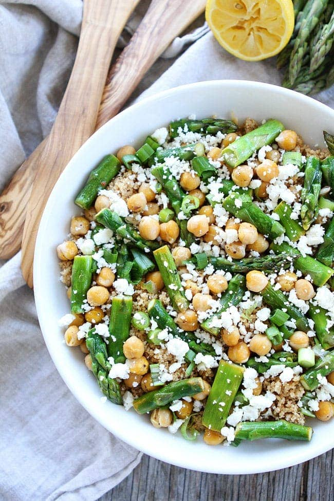 This Asparagus Chickpea Quinoa Salad with feta cheese and a simple ...